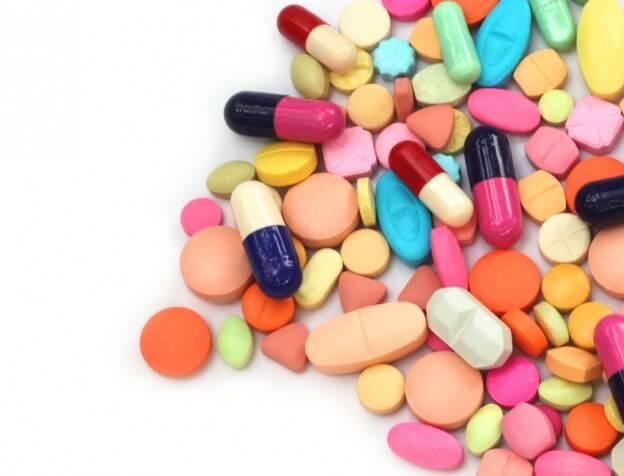 ¿CÓMO AFECTA LA MEDICACIÓN A LA SALUD BUCAL?