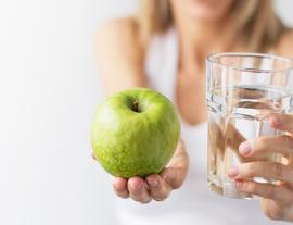 5 buenos hábitos para evitar la sequedad bucal